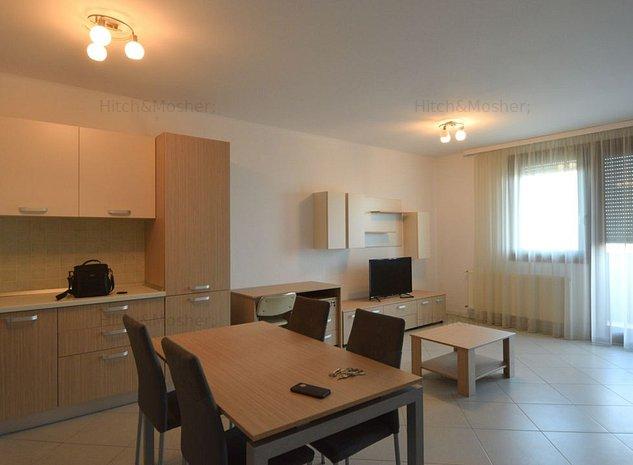 Apartament o camera, situat Ultracentral - imaginea 1