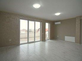 Penthouse de vânzare 3 camere, în Timişoara, zona Aradului