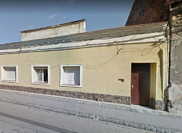 Casa de vanzare in zona Piata Traian- teren 726 mp, doua fronturi stradale - imaginea 1