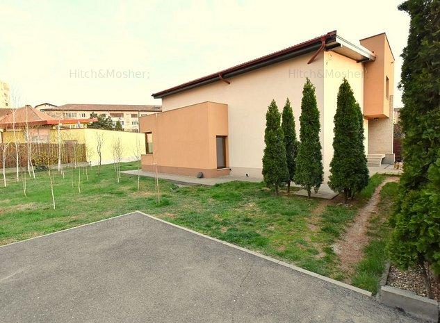 De inchiriat vila - zona Complex Studentesc - imaginea 1