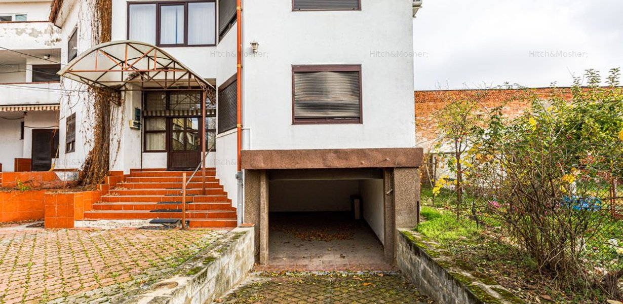 De vanzare, imobil, suprafata generoasa, situat central - Timisoara - imaginea 23