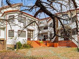 Casa de vânzare 18 camere, în Timişoara, zona Central