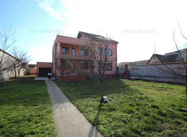 Casa cu o arhitectura deosebita si teren generos in zona Mehala - imaginea 1