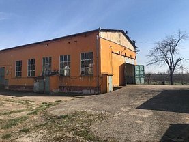 Vânzare spaţiu industrial în Pischia