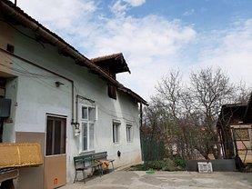 Casa de vânzare o cameră, în Reghin, zona Central
