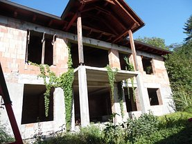 Casa de vânzare 4 camere, în Targu Mures, zona Central