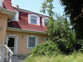 Casa de închiriat 10 camere, în Târgu Mureş, zona Ultracentral