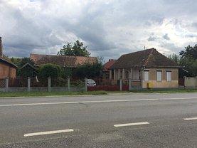 Casa de vânzare 3 camere, în Ogra