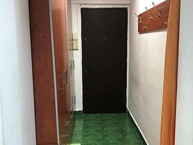 Apartament de vânzare 4 camere, în Bucureşti, zona Turda