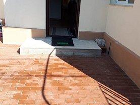 Casa de închiriat 8 camere, în Bucuresti, zona Crangasi