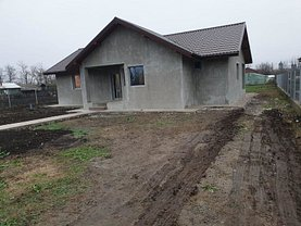Casa de vânzare 3 camere, în Movilita, zona Central