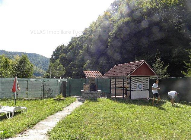 Vila Lepsa cu 600mp teren, CT - imaginea 1