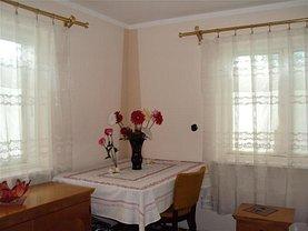 Casa de vânzare 3 camere, în Câmpineanca, zona Central