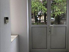 Casa de închiriat 12 camere, în Ploiesti, zona Ultracentral