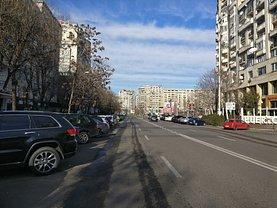 Apartament de vânzare 3 camere, în Bucureşti, zona Alba Iulia