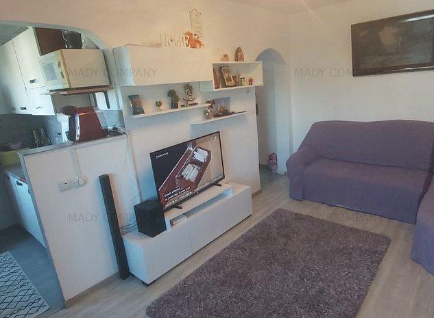 intim- apartament 2 camere semidecomandat, liber, imbunatatit - imaginea 1