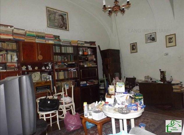 Apartament 2 camere de vanzare Central - imaginea 1