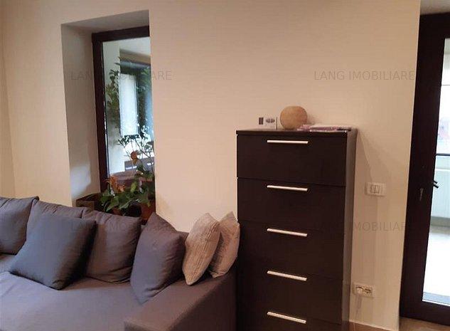 Apartament 3 camere de vanzare Central X1RF105D0 - imaginea 1