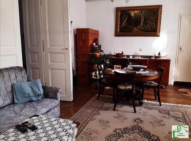 Apartament 3 camere de vanzare Boul Rosu X1RF105GA - imaginea 1