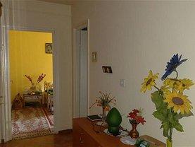 Apartament de vânzare 2 camere, în Arad, zona Miron Costin