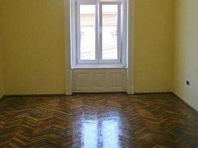 Apartament de vânzare sau de închiriat 3 camere, în Arad, zona Ultracentral