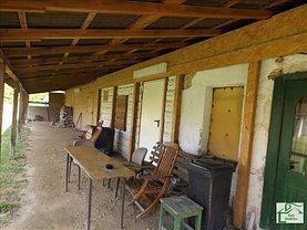 Casa de vânzare 2 camere, în Lipova, zona Central