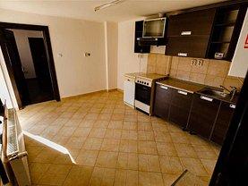 Casa de vânzare 4 camere, în Arad, zona Central