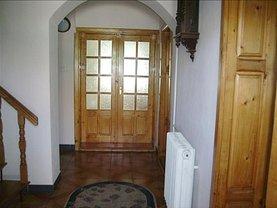 Casa de închiriat 4 camere, în Arad, zona Ultracentral