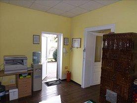 Casa de vânzare sau de închiriat 3 camere, în Arad, zona Aradul Nou