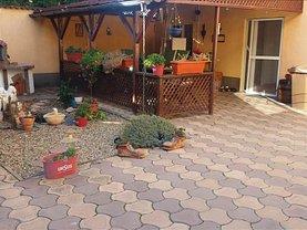 Casa de vânzare sau de închiriat 5 camere, în Arad, zona Aradul Nou