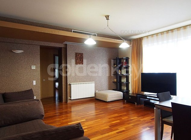 Apartament modern cu 4 camere, piscina interioara, fitness - imaginea 1
