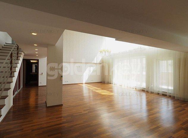 Penthouse duplex insorit cu 4 camere, inaltime living 6m, orientat sud - imaginea 1