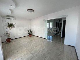 Apartament de vânzare sau de închiriat 4 camere, în Constanţa, zona Ultracentral