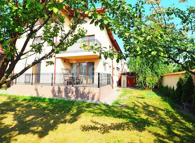 Vila cocheta cu 7 camere, complex rezidential, langa Ambasador - imaginea 1