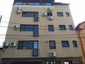 Casa de vânzare 24 camere, în Bucuresti, zona Iancului