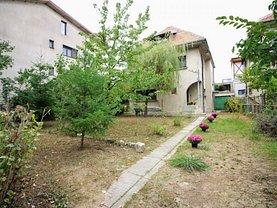 Casa de vânzare 6 camere, în Bucureşti, zona Casin