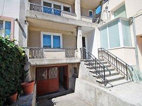 Casa de vânzare 6 camere, în Constanţa, zona Faleza Nord