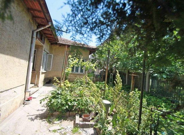 Teren cu casa caramida renovabila/demolabila- zona Stadion - imaginea 1