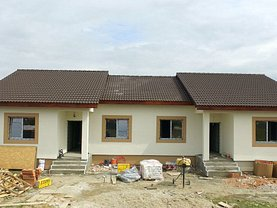Casa de vânzare 3 camere, în Mosnita Noua, zona Buziasului