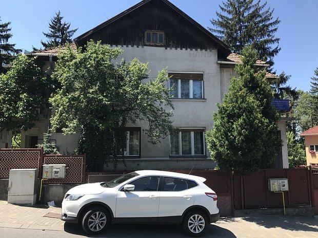De inchiriat casa singur in curte, 5 camere, curte, 5 locuri parcare - imaginea 1