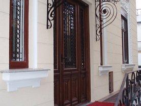 Casa de închiriat 10 camere, în Bucuresti, zona P-ta Rosetti