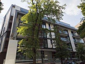 Apartament de vânzare sau de închiriat 3 camere, în Bucureşti, zona Primăverii