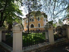 Casa de închiriat 14 camere, în Bucuresti, zona Kiseleff