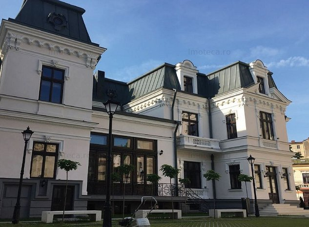 Vila istorica renovata cu posibilitate de personalizare! - imaginea 1