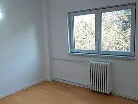 Apartament de vânzare 4 camere în Constanta, Tomis III