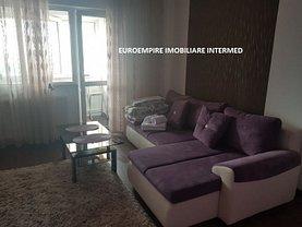 Apartament de închiriat 3 camere, în Constanţa, zona Casa de Cultură
