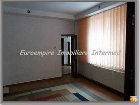 Casa de închiriat 4 camere, în Constanta, zona Casa de Cultura