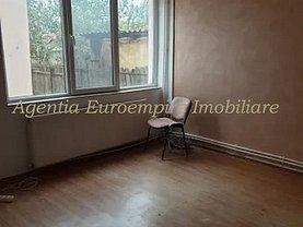 Casa de vânzare sau de închiriat 4 camere, în Constanţa, zona Inel II