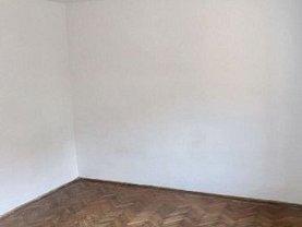 Casa de închiriat 4 camere, în Constanţa, zona Coiciu