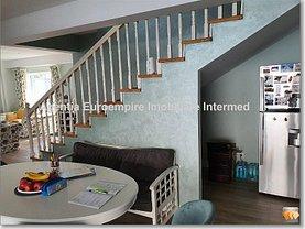 Casa de vânzare 4 camere, în Constanţa, zona Carrefour